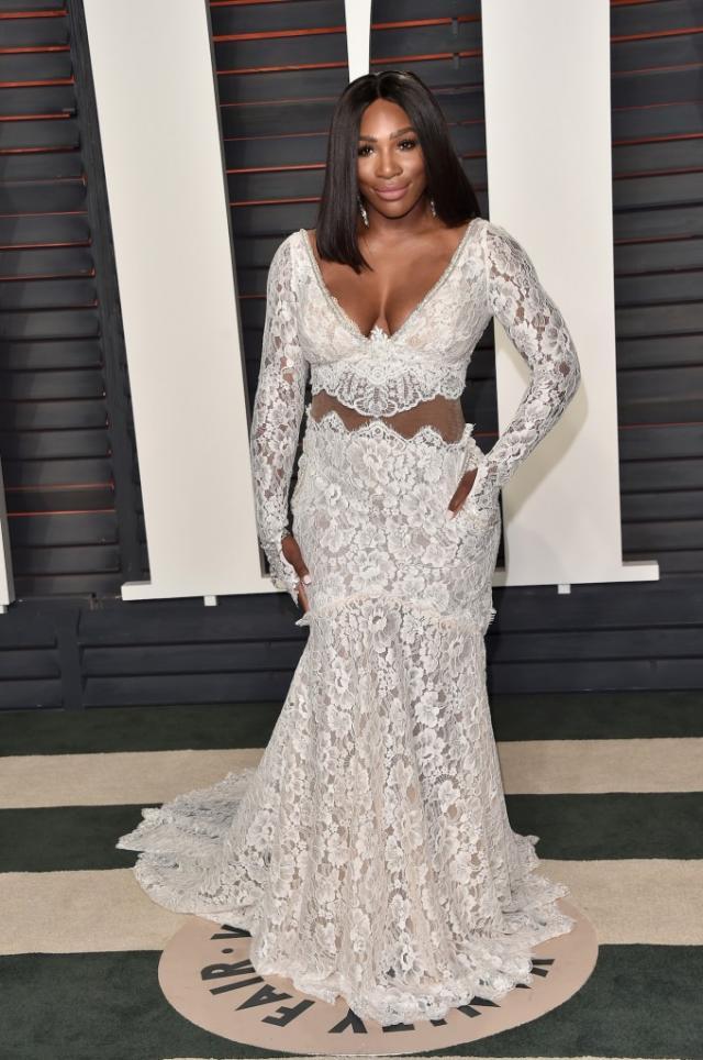 Serena Williams in Galia Lahav at the 2016 Vanity Fair Oscar Party