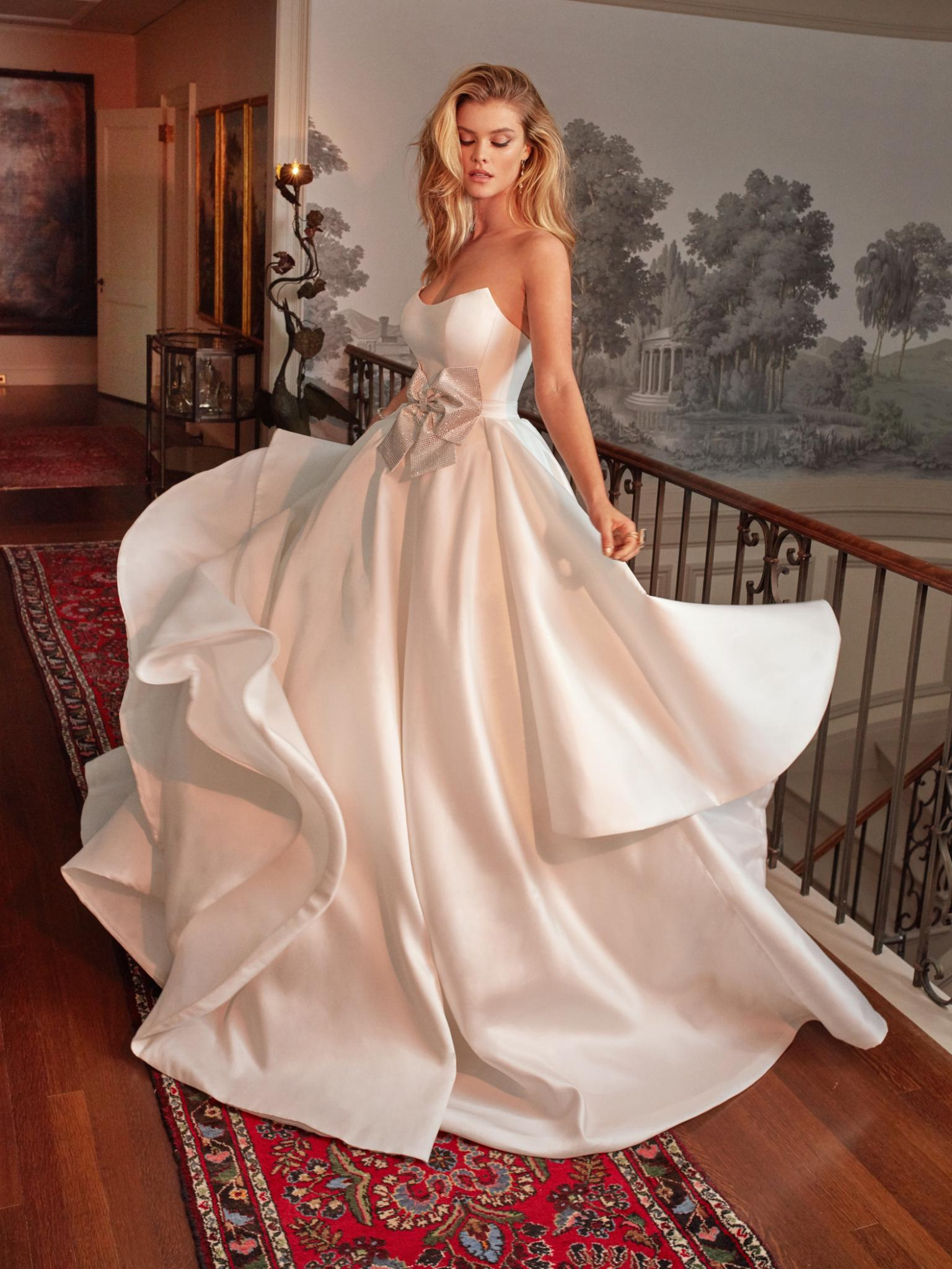From Beach Wedding Dress to Boho Wedding Dress Find The Perfect ...