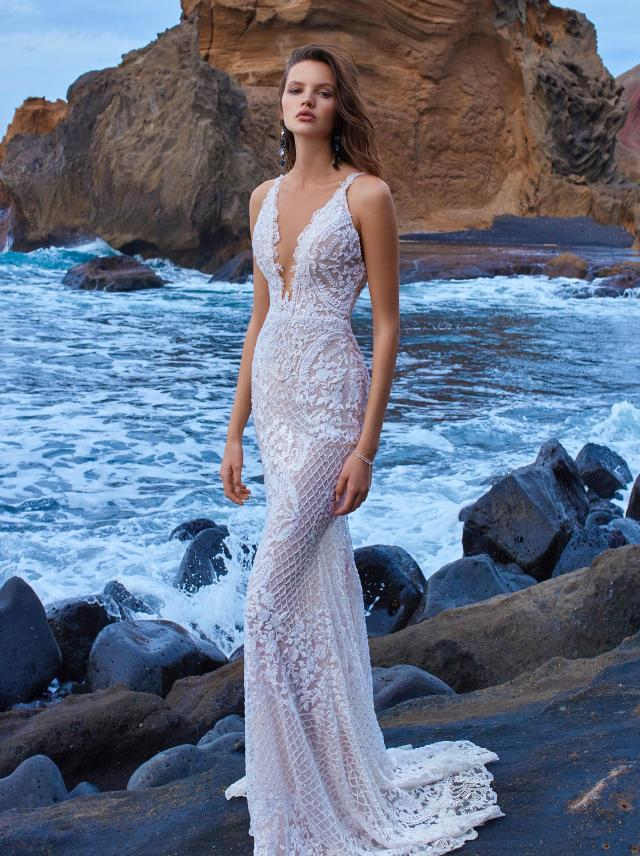 1e0c83ebd5c GALA-1009 - Collection No. V - Bridal Dresses - Galia Lahav