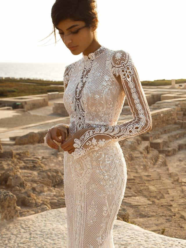 G-805- Long sleeve wedding dress