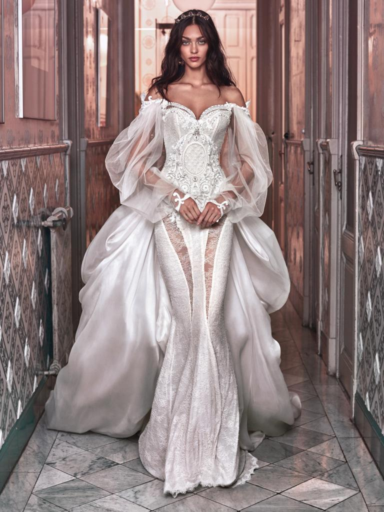 Beyonce wears a Galia Lahav Wedding Dress to Renew her vows