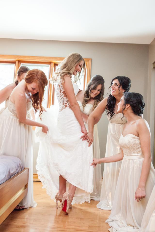 Ready, Set, Dress-How to Find the Perfect Wedding Dress