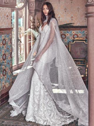 Rayne and sterling cape - Victorian Affinity - Galia Lahav