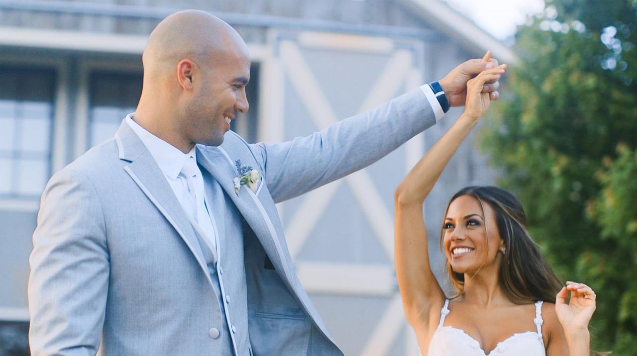 Jana Kramer Wedding in Galia Lahav-listing@2x