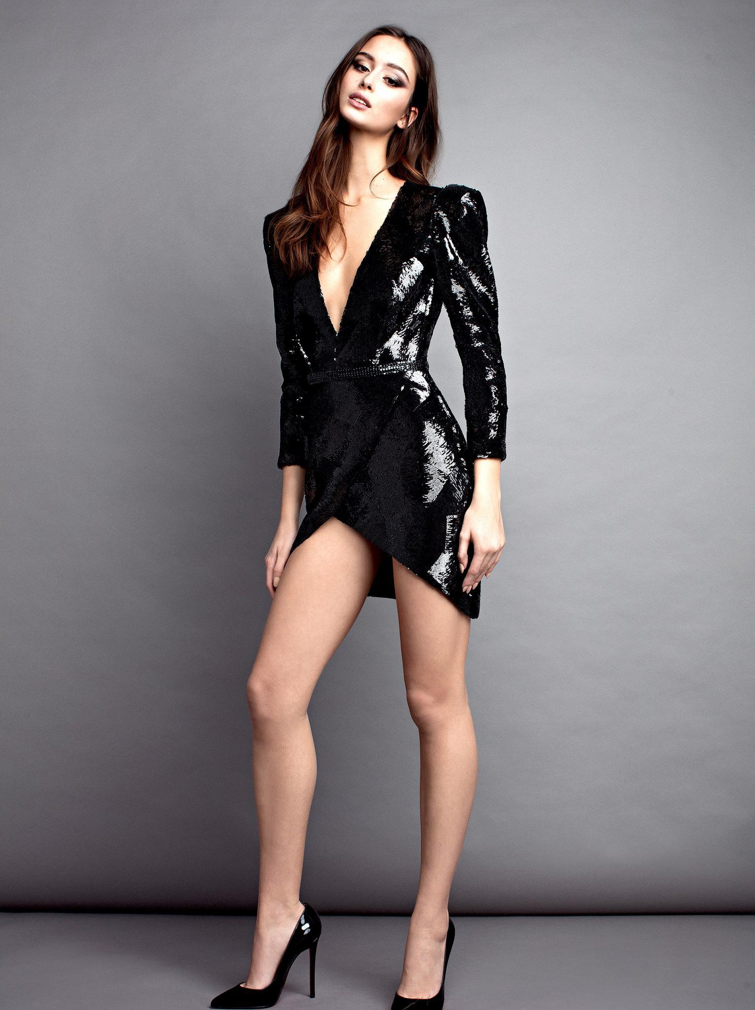 cameltoe Photos Elvira naked photo 2017