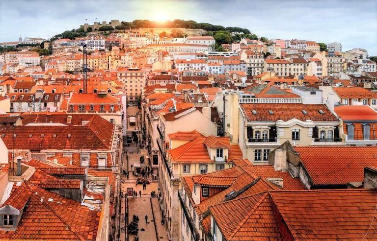 baixa-and-castle-things-lisbon-is-famous-for-a-world-to-travel.jpg