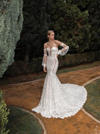 Camilla- Long sleeve wedding dress