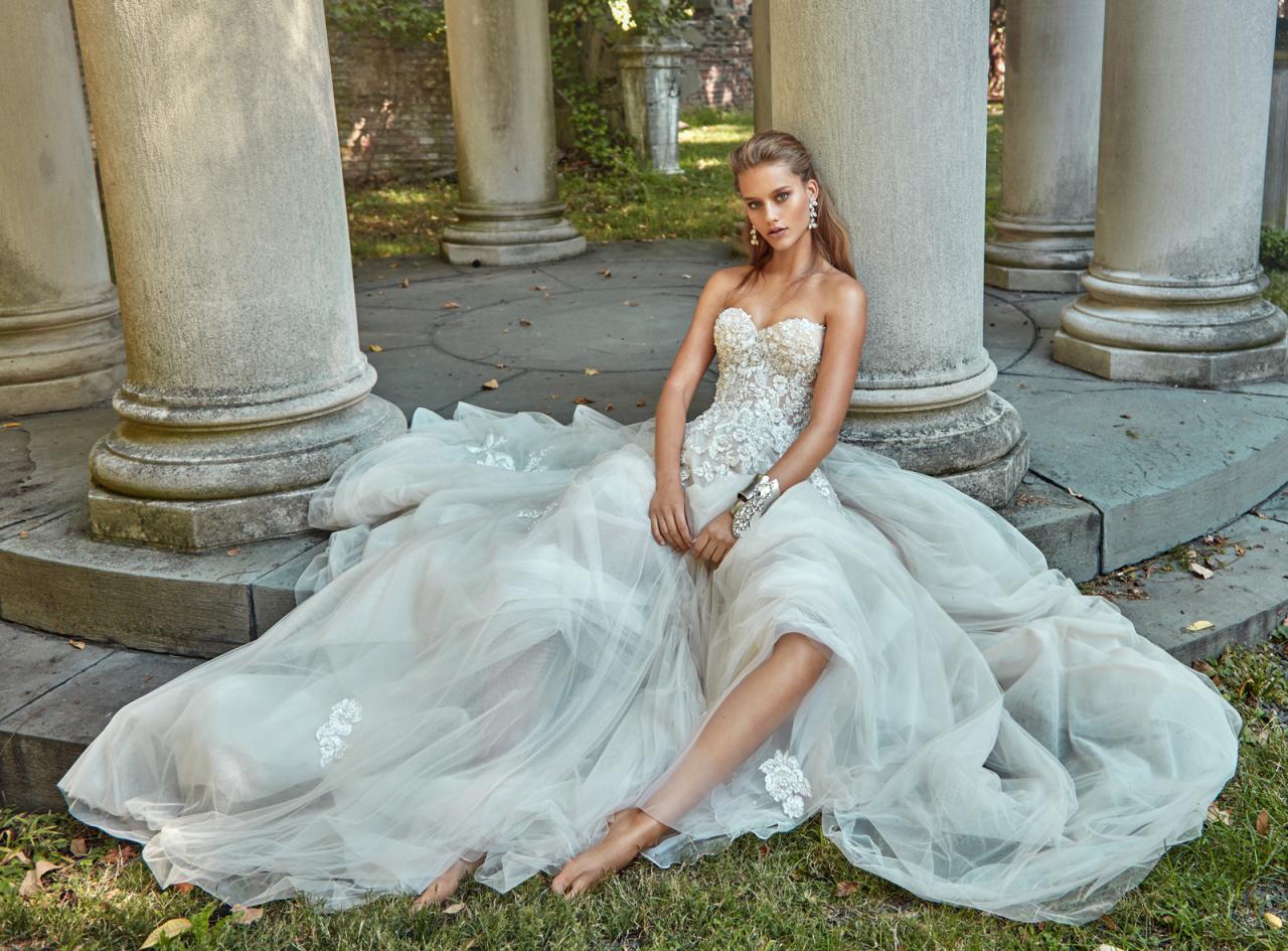 76221661f24 12 Bridal Ballgowns You ll Love - Galia Lahav