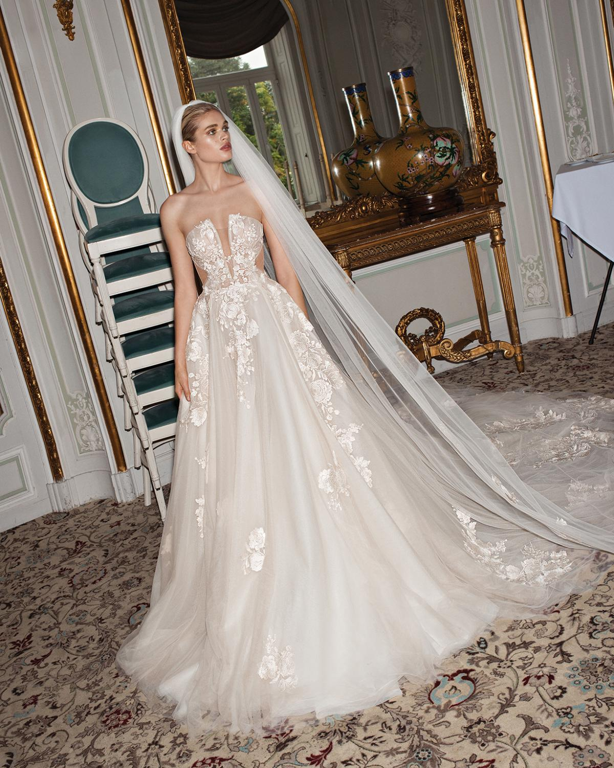 Querida ball gown
