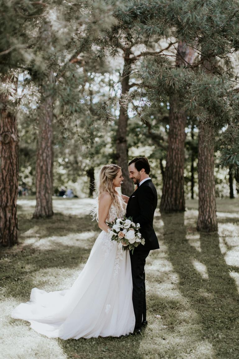 Bride Of The Week: Lindsay Liptok