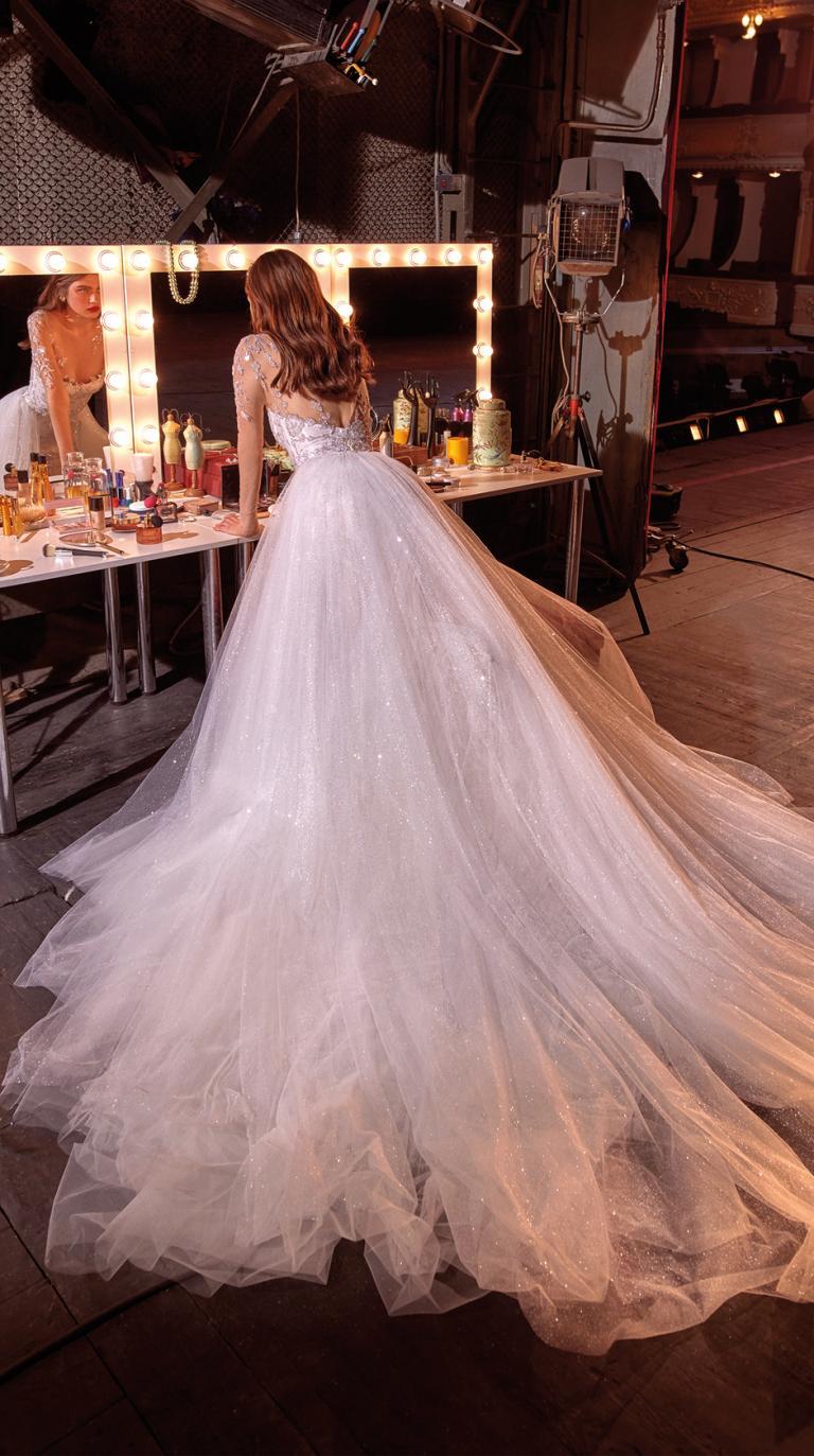 Bridal Couture Collection No. 14 - Make a scene - Brenna-Train