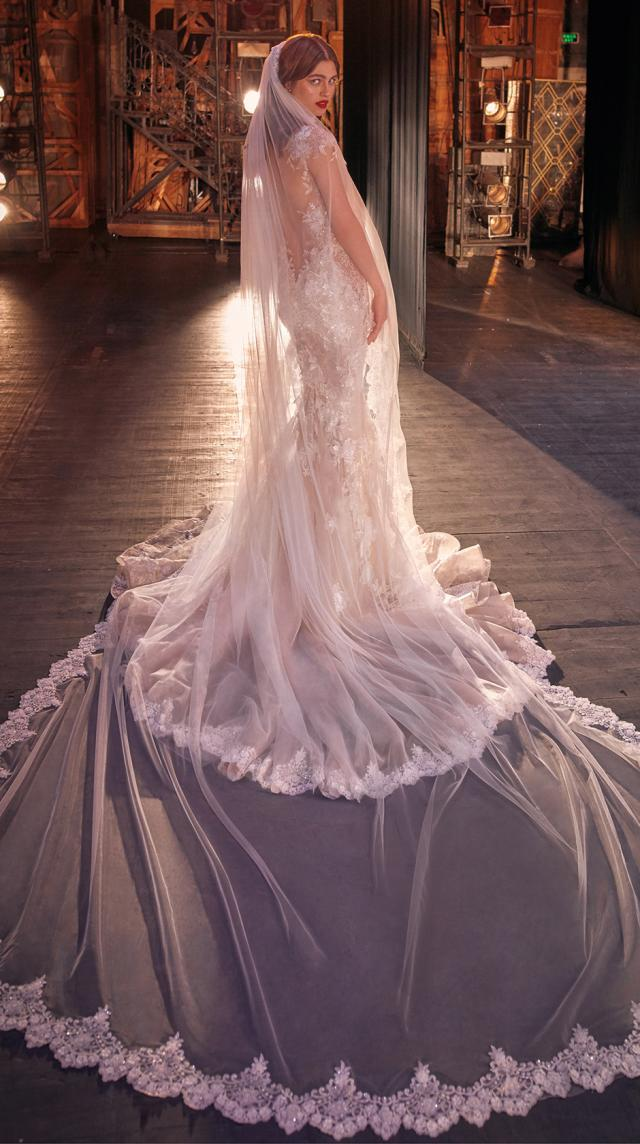 Bridal Couture Collection No. 14 - Make a scene - Martha-Veil