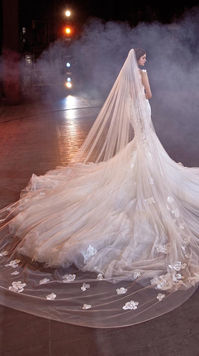Bridal Couture Collection No. 14 - Make a scene - Michelle-V