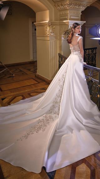 Bridal Couture Collection No. 14 - Make a scene - Miranda-Train