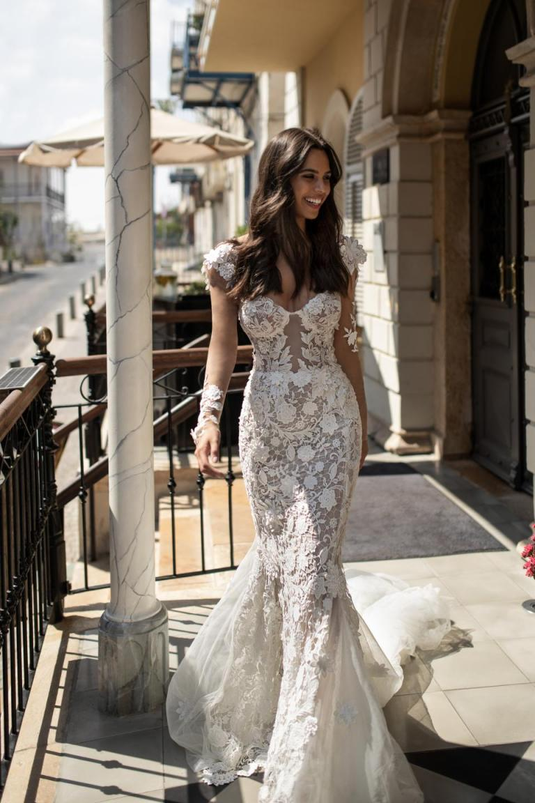 Bridal gowns that channel your culture's wedding traditions ...
