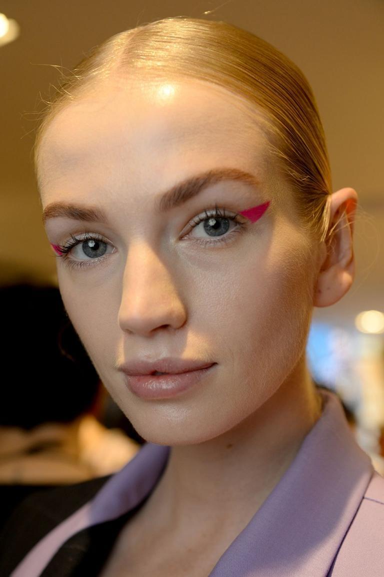 aw19-makeup-trend-pop-of-colour-natasha-zinko-getty-1552314696