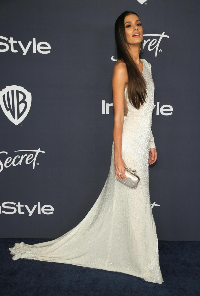 Golden Globes 2014 Olivia Wilde in Gucci gown - saved by