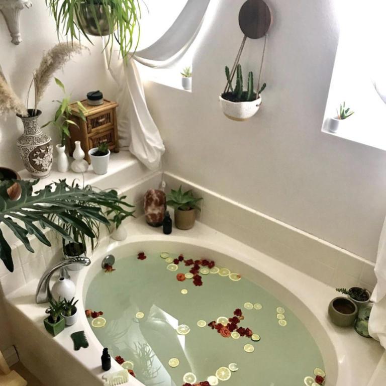 Biodara Bath